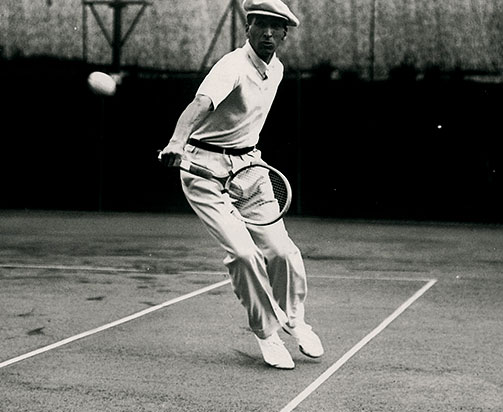 rene lacoste playing tennis
