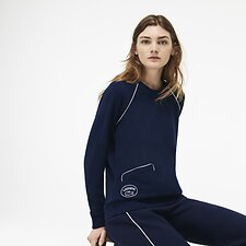 Image of Lacoste NAVY BLUE/FLOUR WOMEN'S RETRO BADGE LOGO SWEATSHIRT WITH PIPING