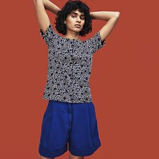 Image of Lacoste NAVY BLUE WOMEN'S KEITH HARING PRINT TEE